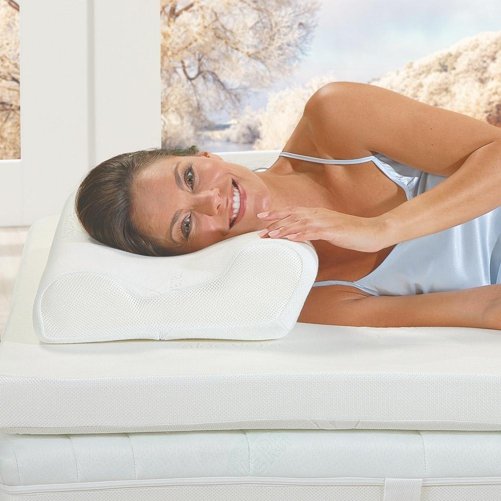 Das aktivmed Best-Schlaf Seitenschläfer-Kopfkissen passt sich Ihrem Kopf und Nacken ideal an und sorgt so für ein himmlisches Schlafgefühl!