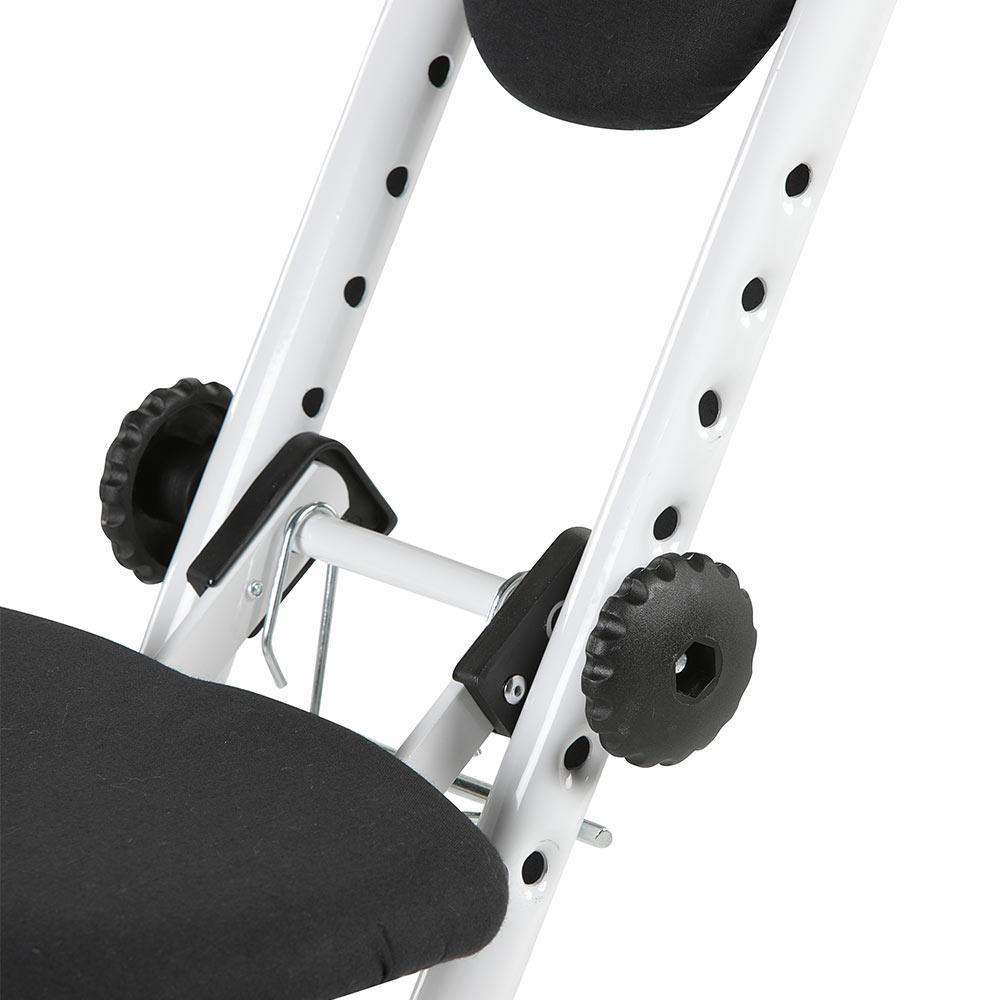 Durch die 6-fache Höhenverstellung können Sie die Sitz- und Stehhilfe auf Ihre Körpergröße anpassen.