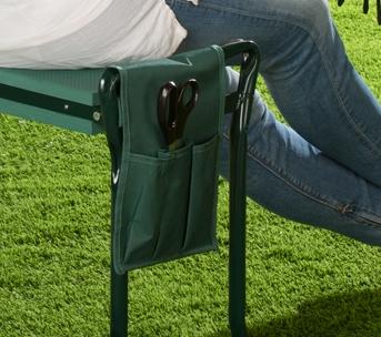Mit praktischer Tasche für Ihr Gartenwerkzeug.