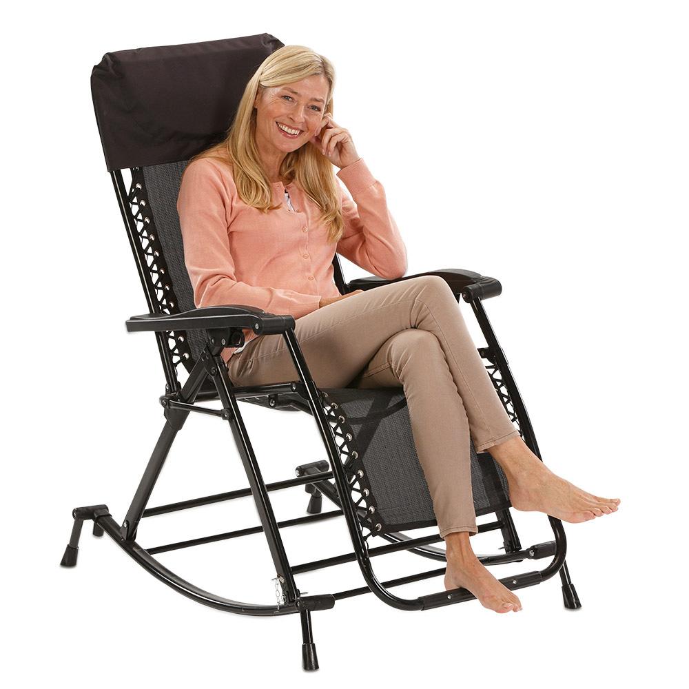 Im Schaukelstuhl genießen Sie dank weichem Textilene-Gewebe besten Sitz- und Liegekomfort.